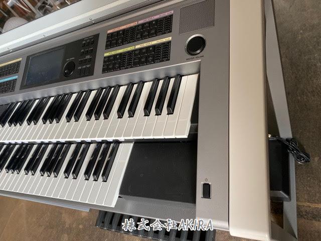 雅馬哈電子琴 ELECTONE STAGEA ELS-02C  正面右側 圖片